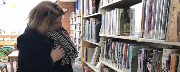 Peggy Nolan: A Fan of Monroe Street Library, Book Club Kits