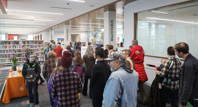 Pinney Library Celebrates Successful Grand Opening
